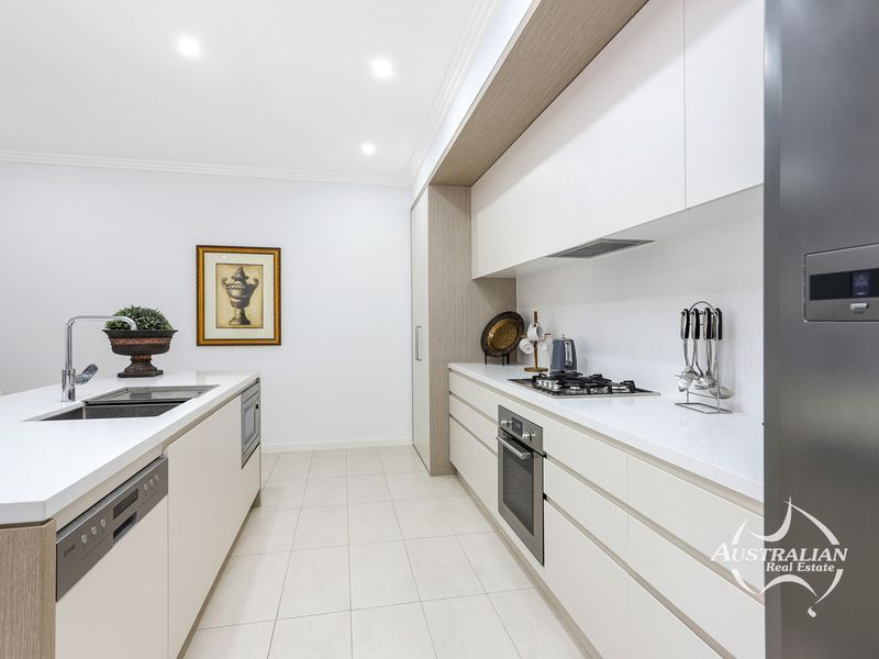 62 Forestwood Drive, Glenmore Park