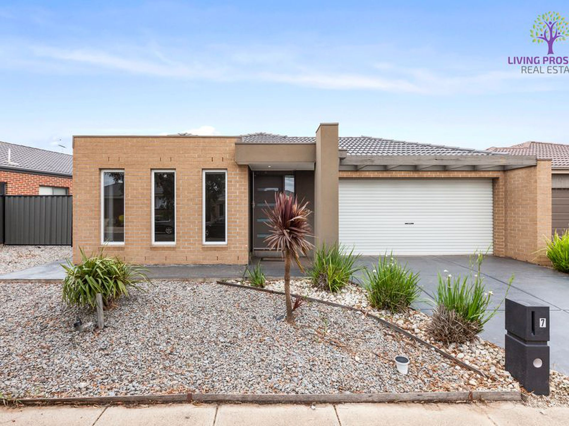 7 Countess Place, Point Cook