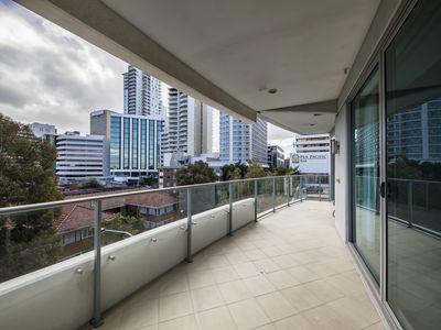 401 / 108 Terrace Rd, Perth
