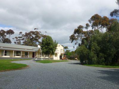 940 Hosie Road, Pine Lodge