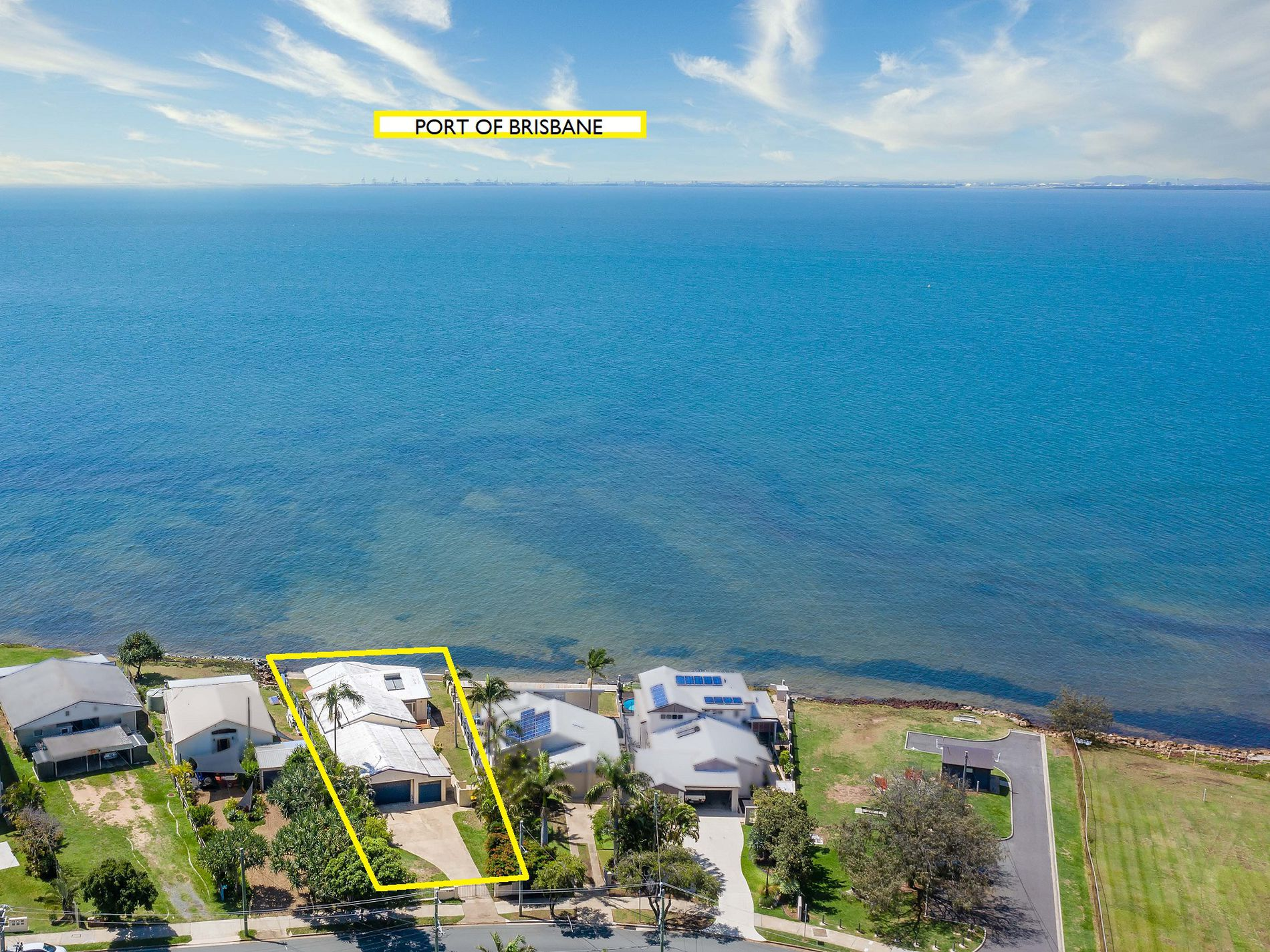 2 / 28 WOODCLIFFE CRESCENT, Woody Point
