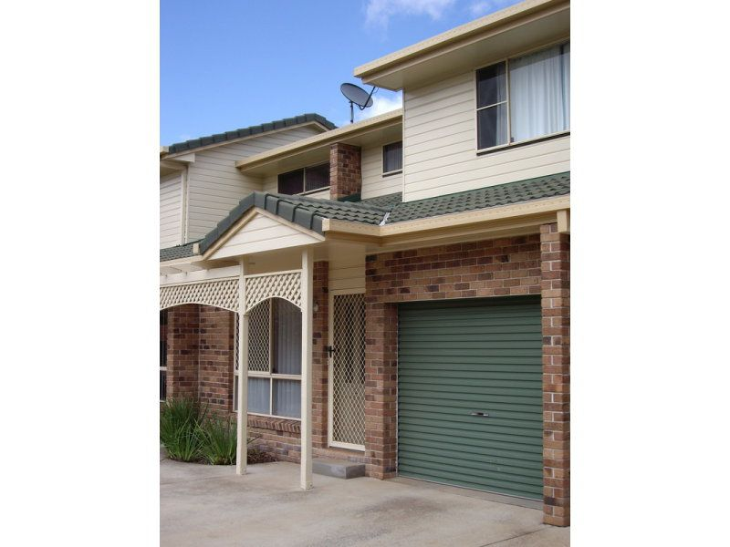 2 / 70 Herries Street, Toowoomba
