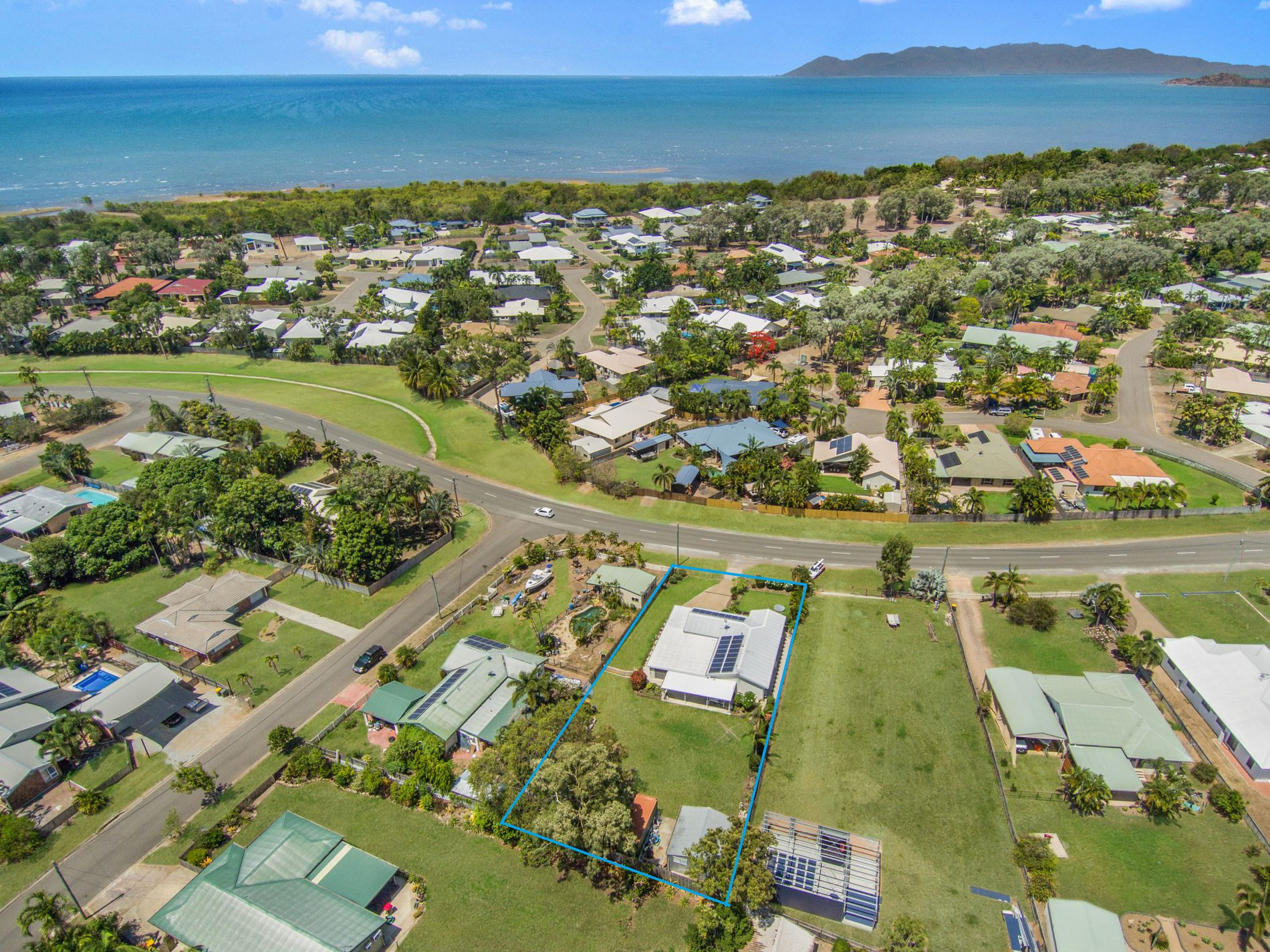 43 Coutts Drive, Bushland Beach