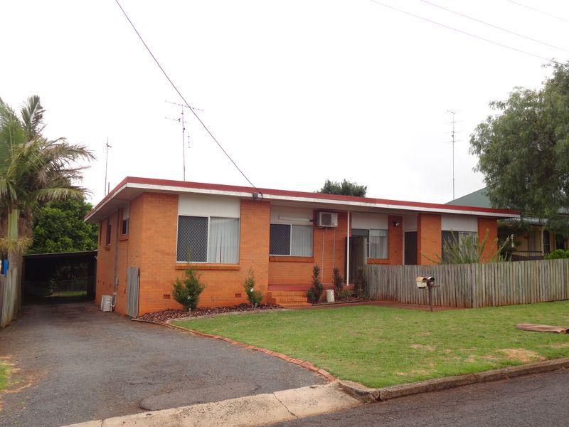 2 / 13 Grey Street, South Toowoomba