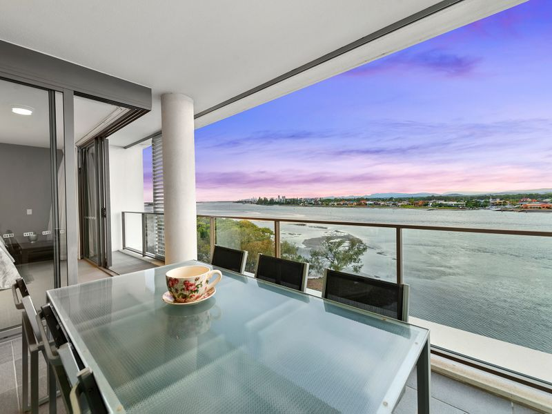 31504 / 2 Ephraim Island Parade, Paradise Point