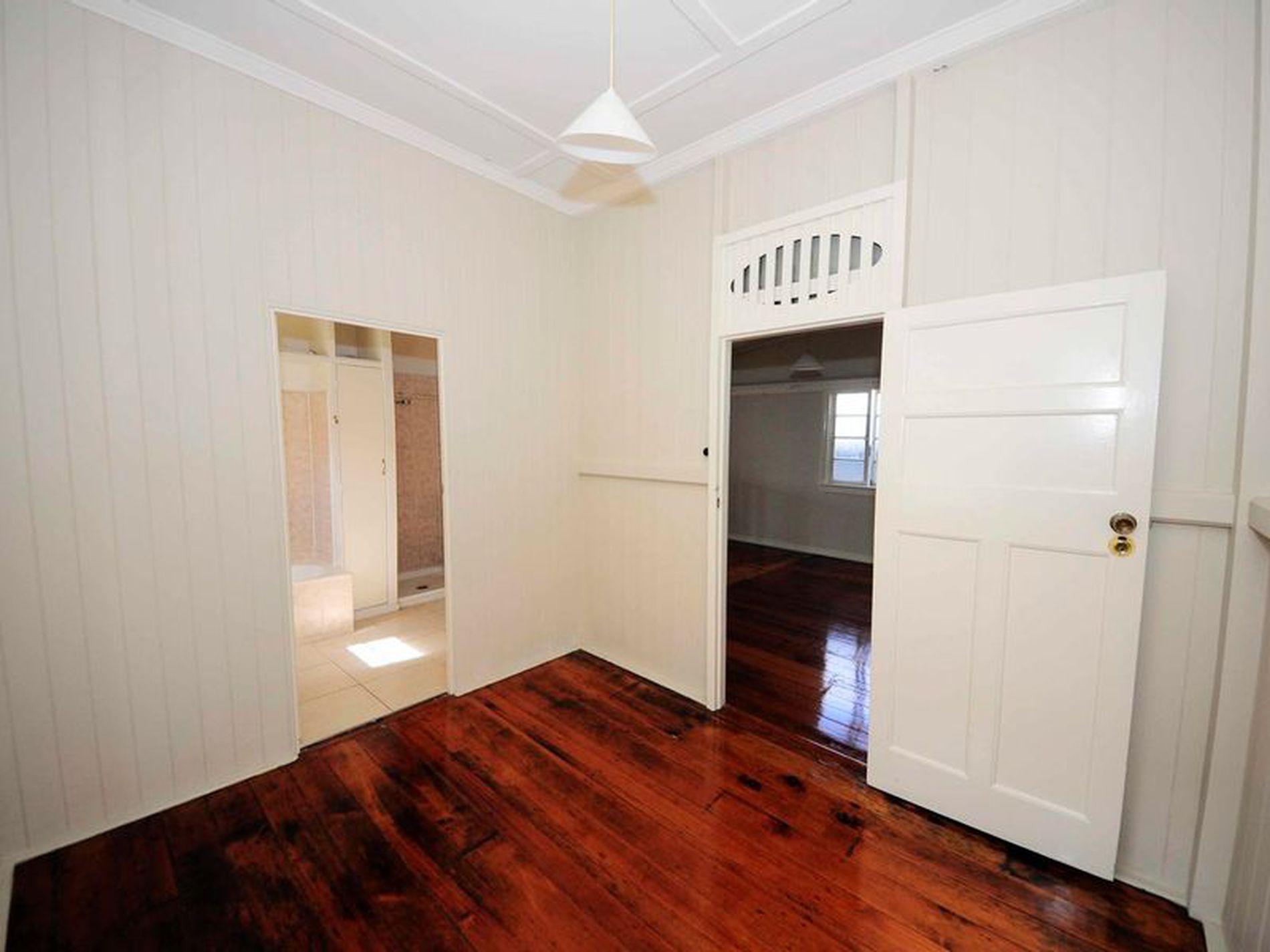 4 Dorchester Street, South Brisbane