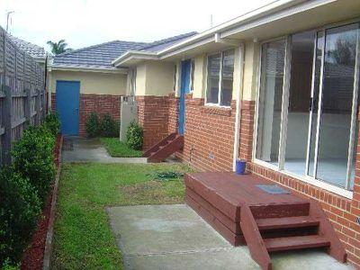 2 / 22-23 Canberra Street, Carrum