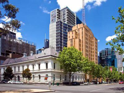 L2 / 68 La Trobe Street, Melbourne
