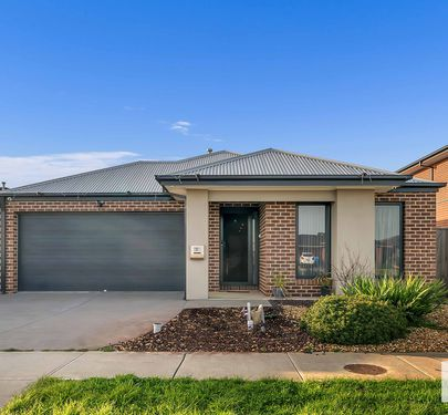 31 SKYLARK BLVD, Clyde North