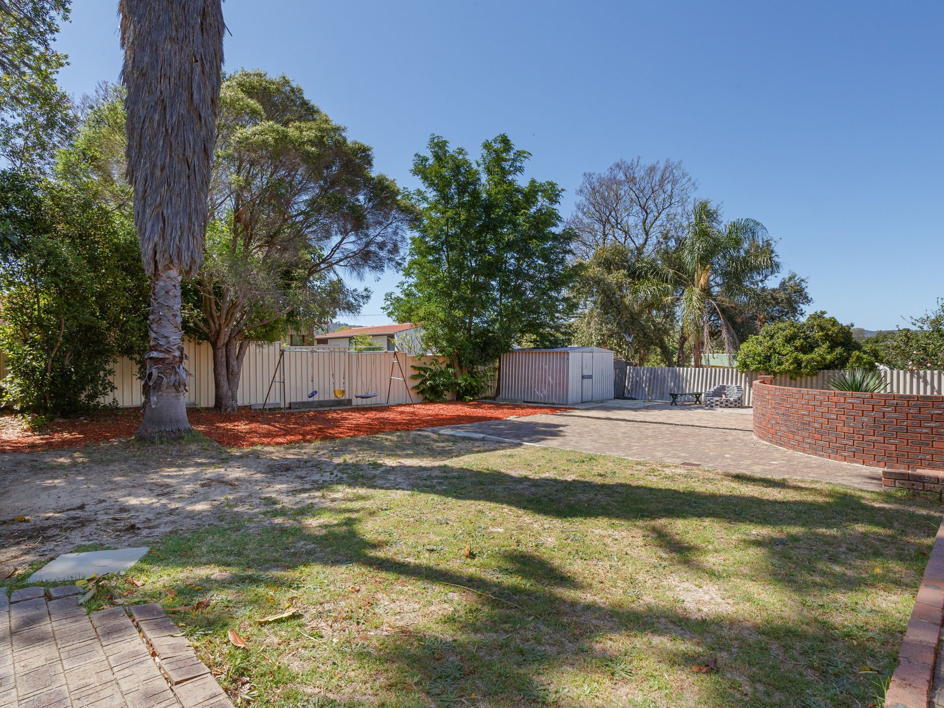 24 Myles Road, Swan View