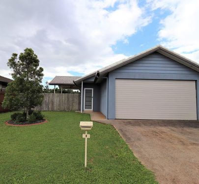 8 Sommerset Drive, Atherton