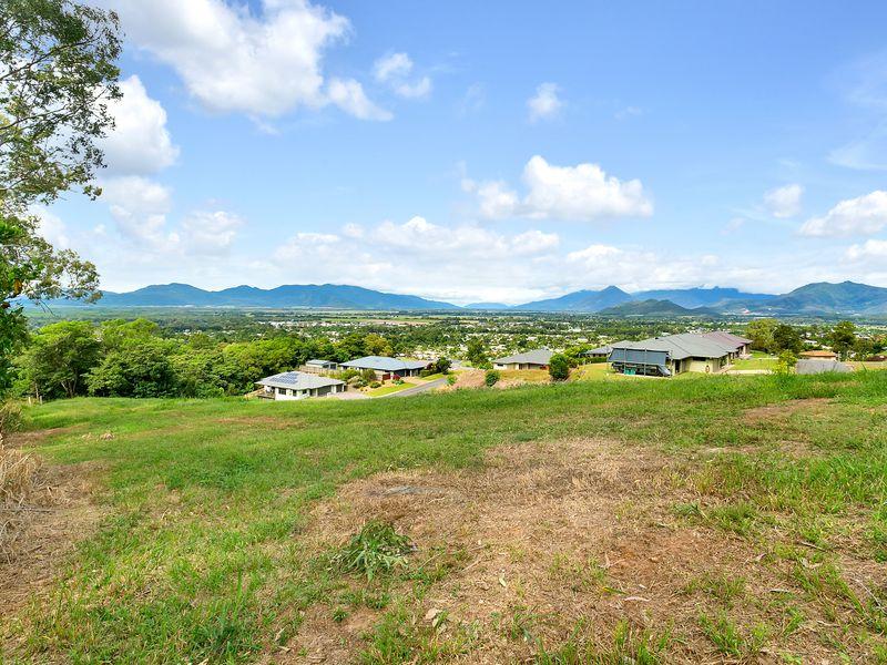 14 BACALAKIS CLOSE, Mount Sheridan