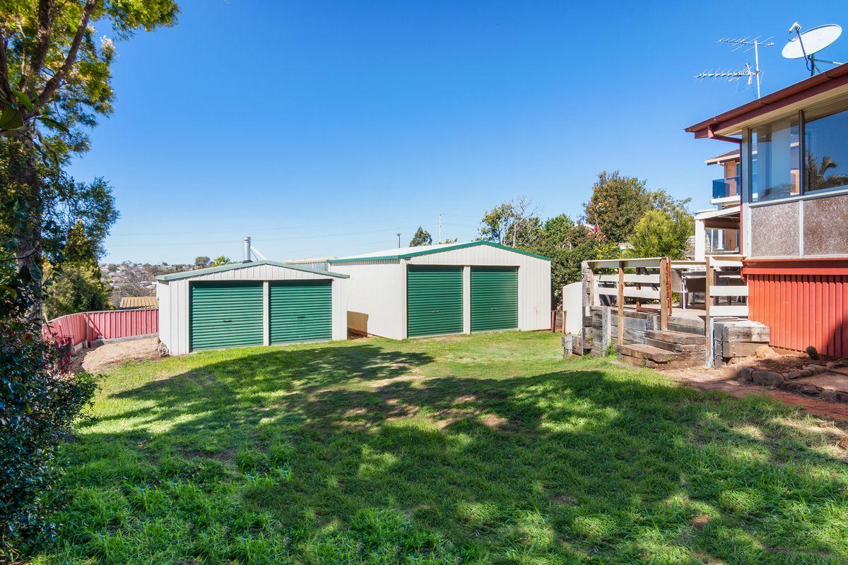 2 x Sheds - 1032m2 block with Bonus House 😊