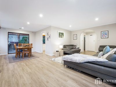 5 Outlook Drive, Dandenong North
