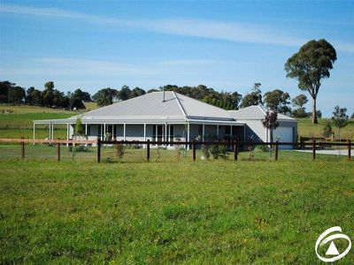 141 Forest Reefs Road, Millthorpe