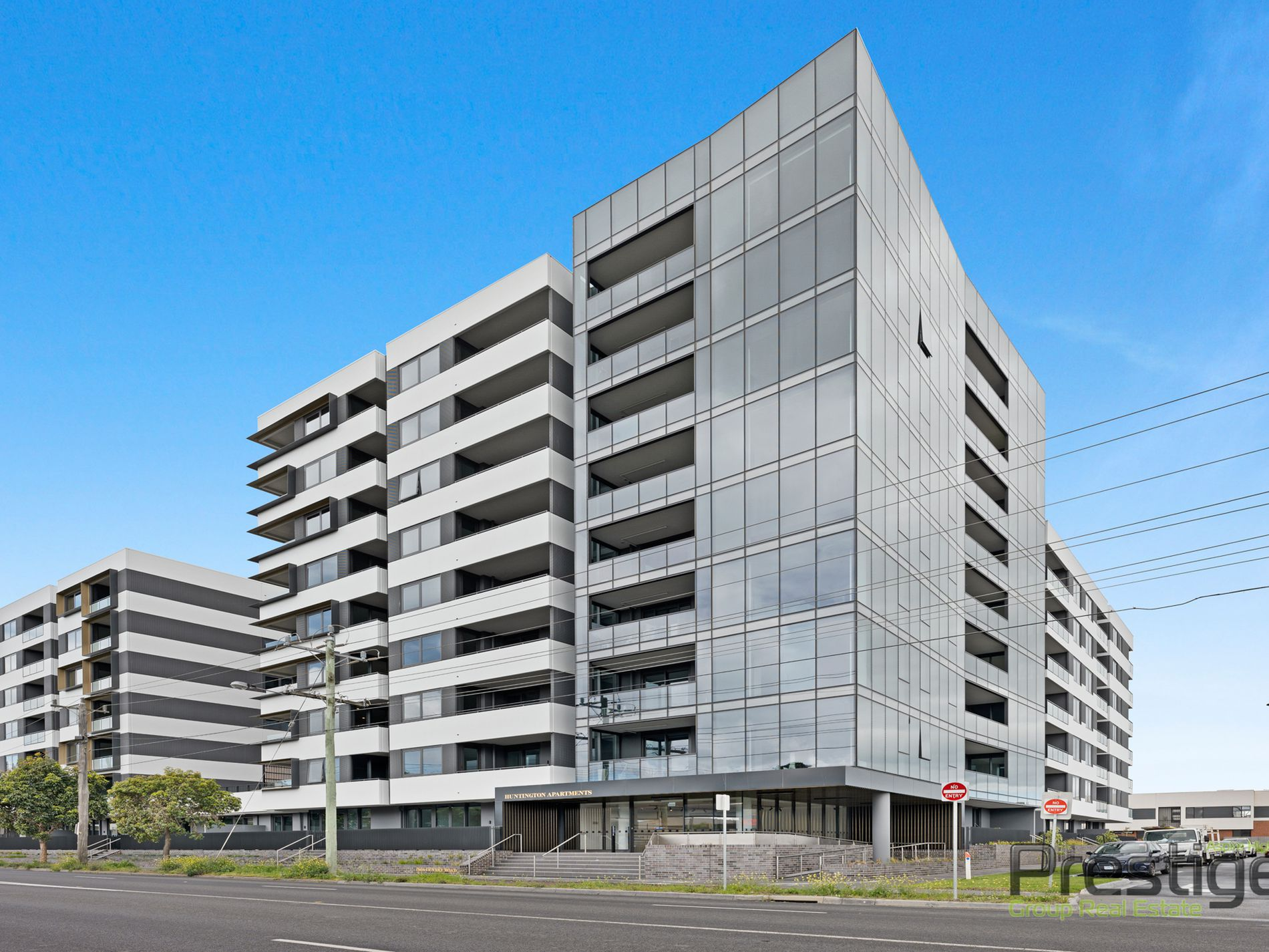 B210 / 1408 Centre Road, Clayton South