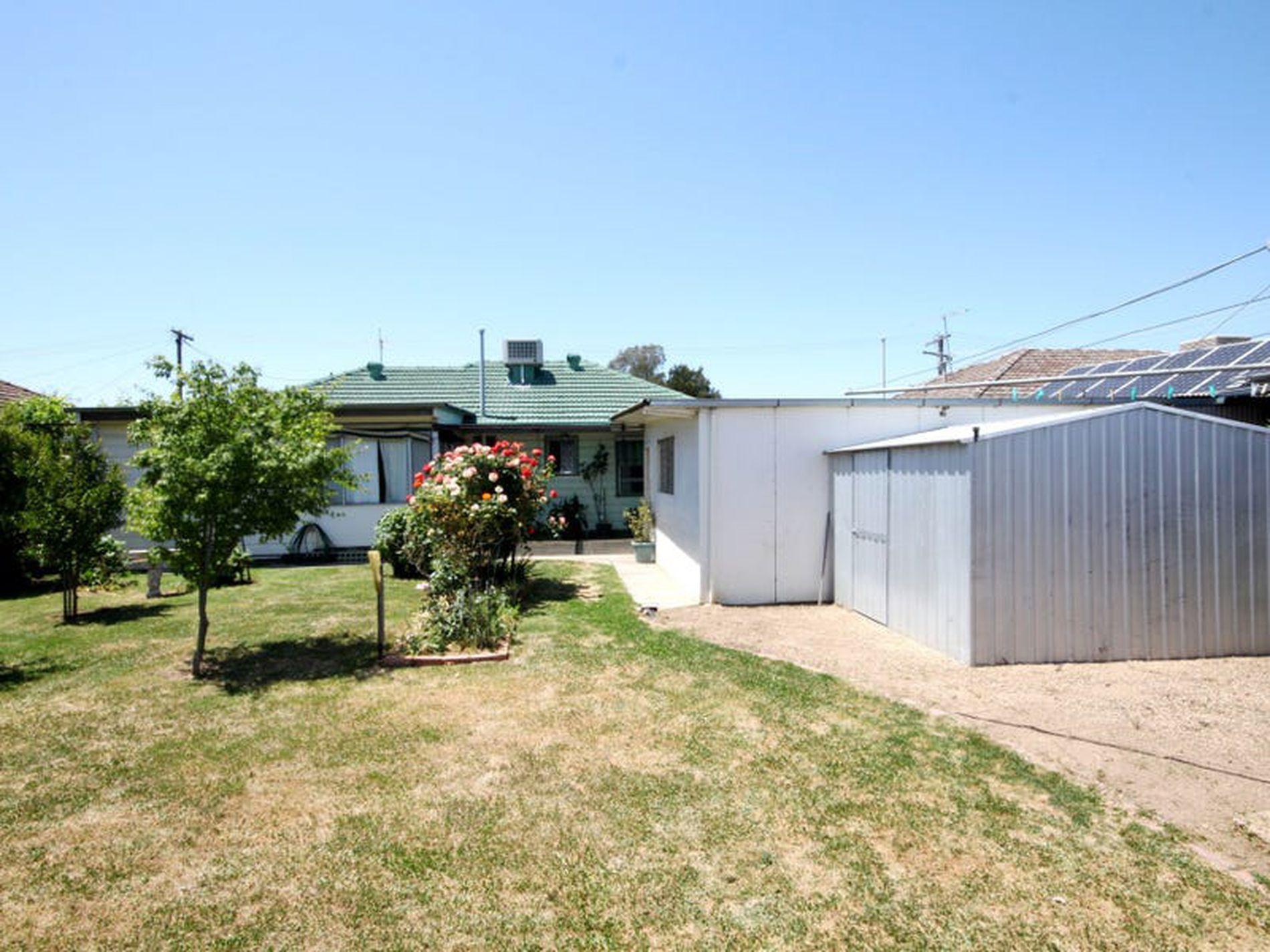 21 Hinchley Street, Wangaratta