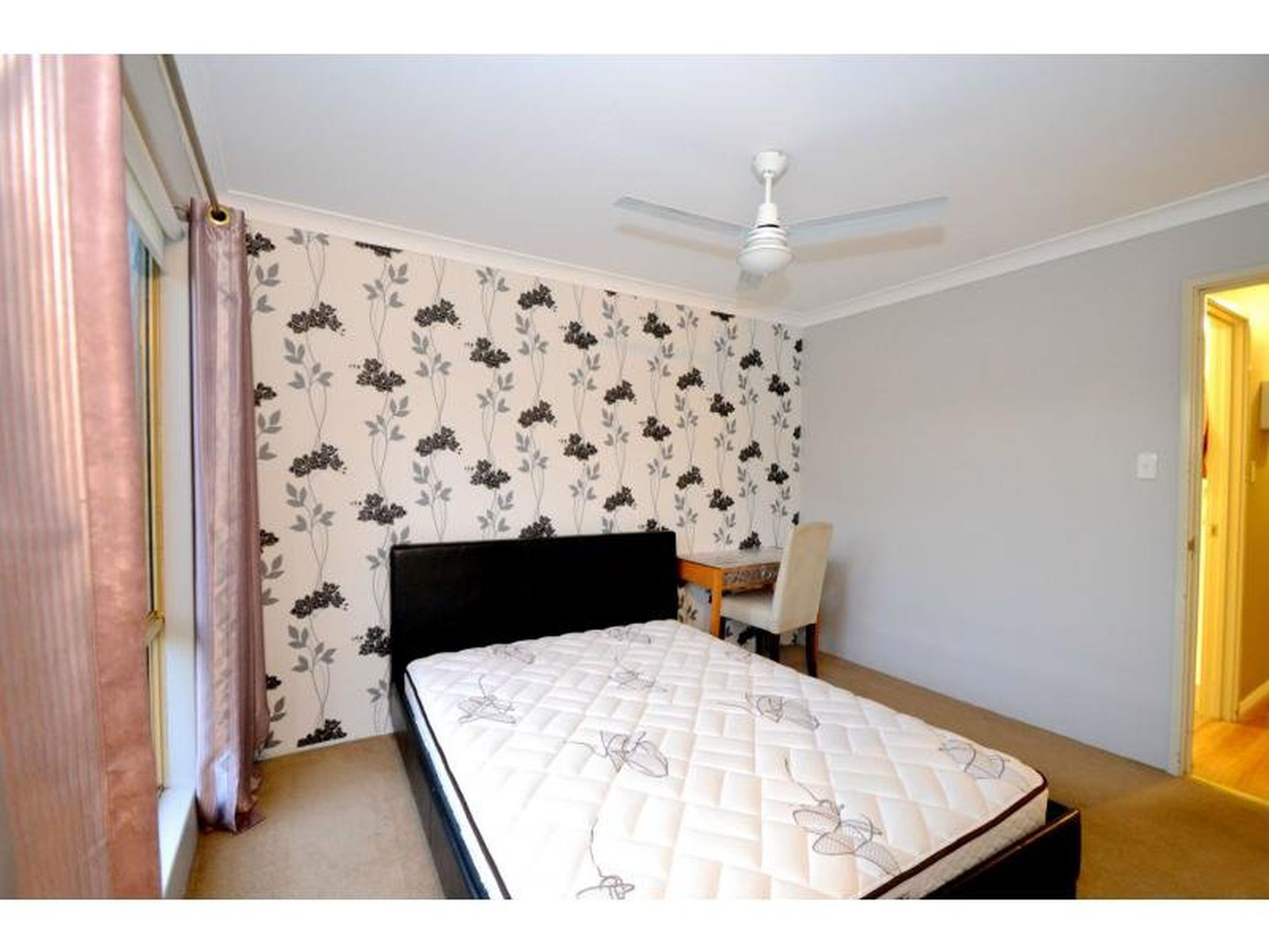 16A Majestic Court, Thornlie