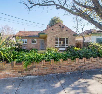 14 McCubbin Street, Footscray