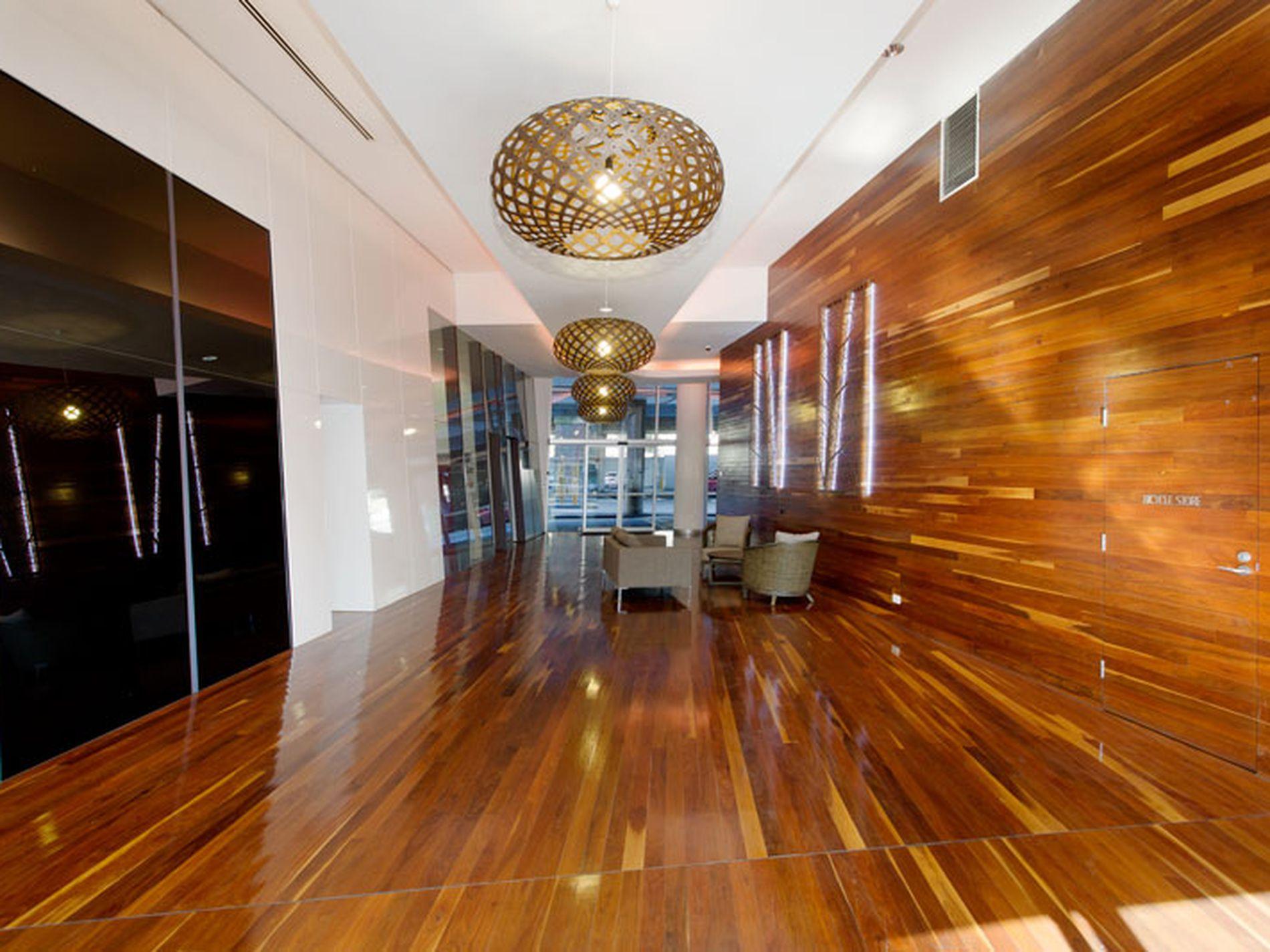 1006 / 555 Flinders Street, Melbourne