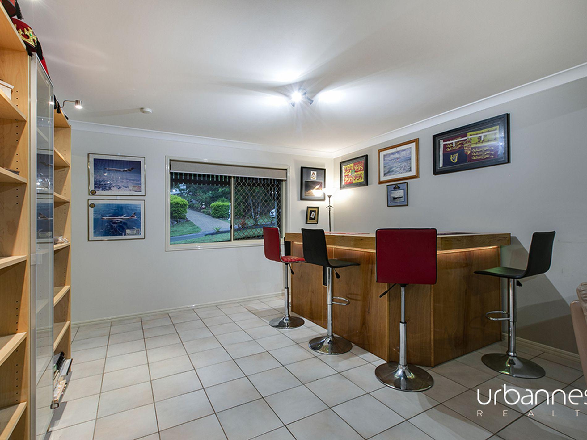 13 Larwood Place, Ferny Hills