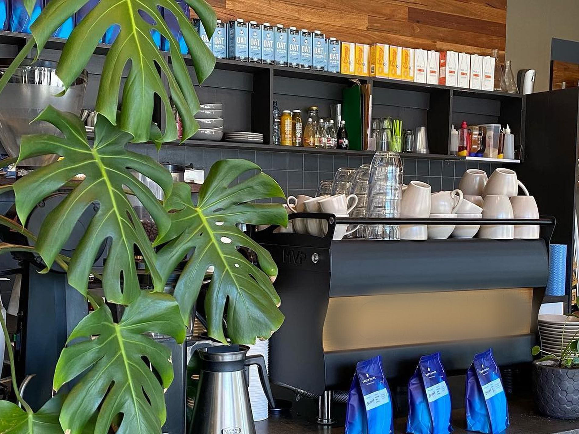 Easy to Run Café Business for Sale Bayside