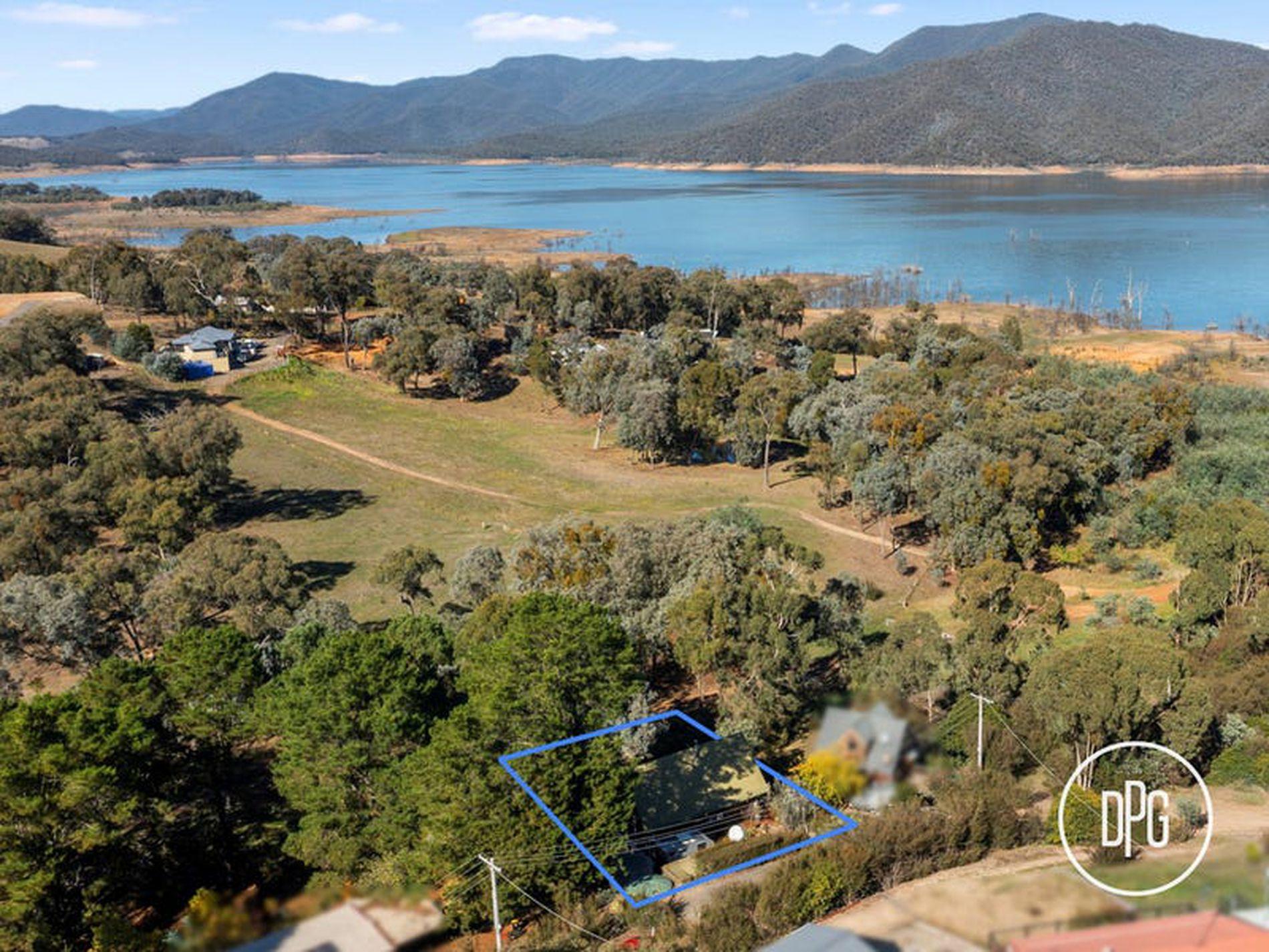 6 Murmuring Way, Goughs Bay