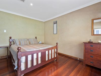 77 Sydenham Road, Doubleview