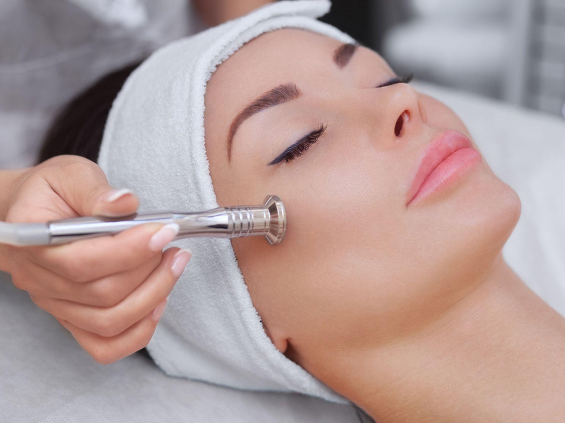 Elegant Beauty Salon Business for Sale City Fringe