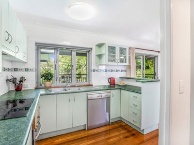 10 Edenderry Street, Manly West