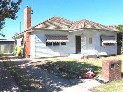 15 Brodie Street, Wangaratta
