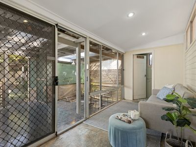 32 Fishing Point Road, Rathmines
