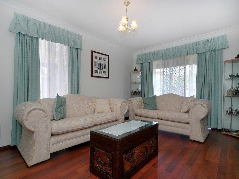 6 Lockyer Court, Duncraig