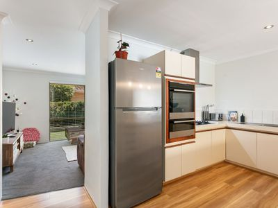 2 / 73 Weaponess Road, Scarborough