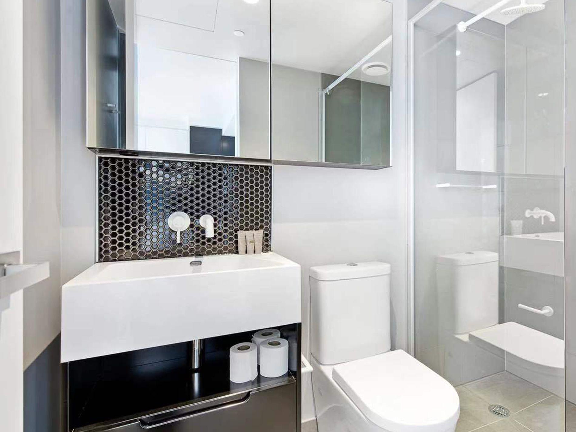 5603 / 450 Elizabeth Street, Melbourne