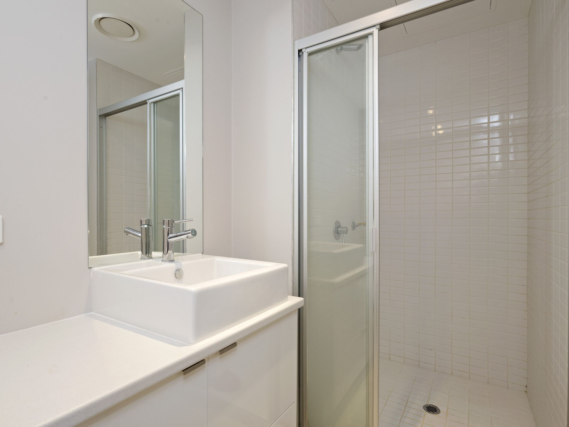 1116 / 555 Flinders Street, Melbourne