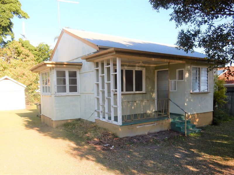 28 Percy Street, Redcliffe