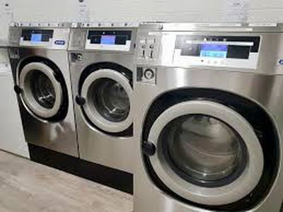 UNDER CONTRACT - Coin Laundry for Sale