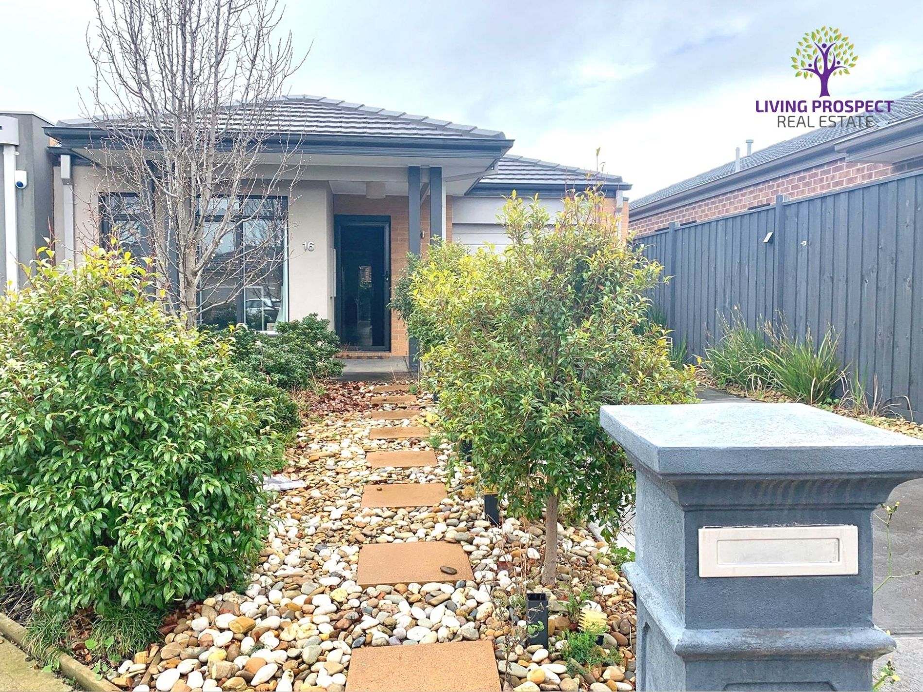 16 Corboy Close, Point Cook