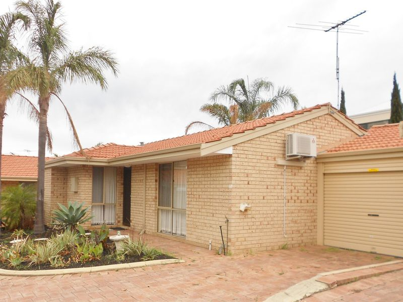 2/43 Weaponess Road, Scarborough