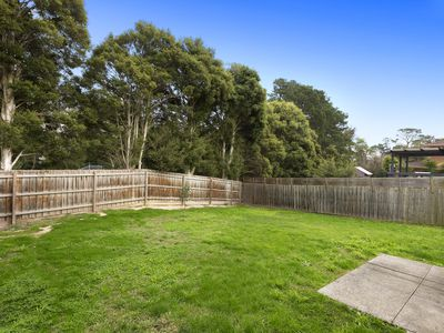 16 Jull Parade, Ringwood North