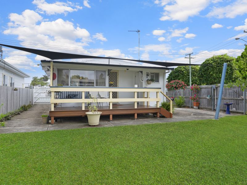 343A Ocean Beach Road, Umina Beach