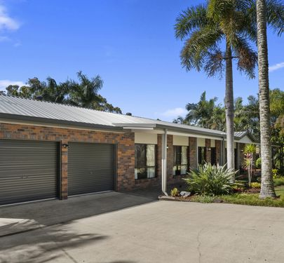 13 Hillside Road, Glass House Mountains