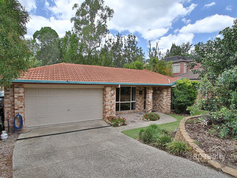 9 Chiswick Place, Forest Lake