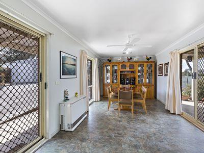 5 Holland Court, Kangaroo Flat