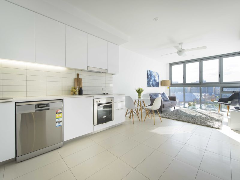 1804 / 338 Water Street, Fortitude Valley