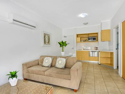 18 / 39 Iluka Road, Palm Beach