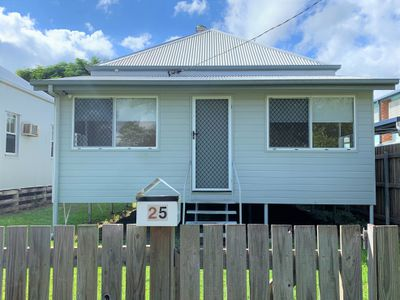 25 Sophia Street, South Mackay