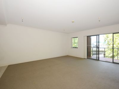 20 / 110 Mounts Bay Road, Perth