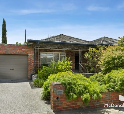 21 Donald Avenue, Essendon